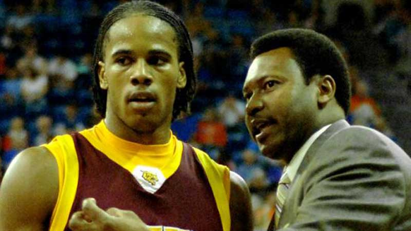 Bethune-Cookman men's basketbal coach Clifford Reed